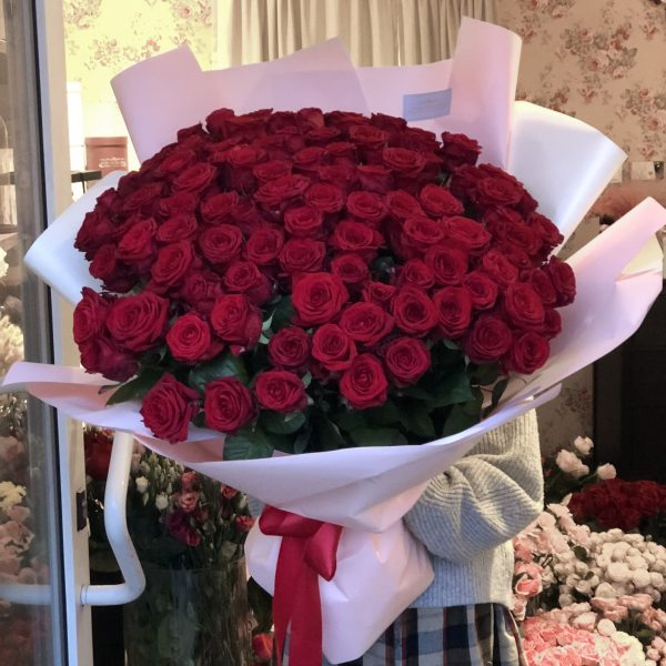 bukiet z 101 czerwonych róż